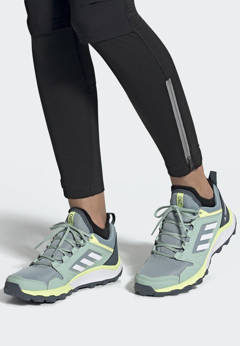 adidas Performance - TERREX AGRAVIC TR TRAIL RUNNING SHOES - Trail running shoes - blue