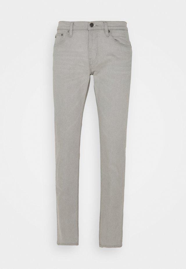 GRAY PARKER  - Slim fit jeans - bedford