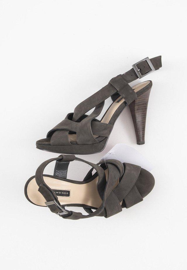 Sandalen met plateauzool - grey