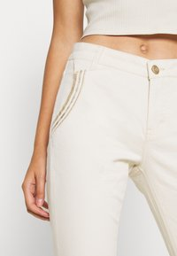 Mos Mosh - ETTA ZIP CREAM PANT - Slim fit jeans - ecru - 3