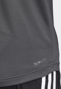 adidas Performance - DESIGN 2 MOVE 3-STRIPES T-SHIRT - T-Shirt print - grey - 3
