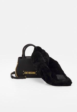 TOP HANDLE SCARF CROSSBODY SET - Handbag - nero