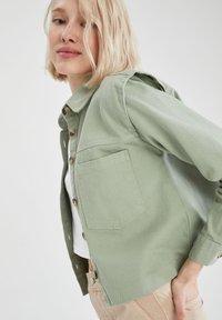 DeFacto - Button-down blouse - green - 4