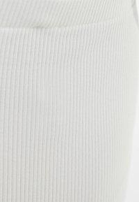 Bershka - Bleistiftrock - white - 5