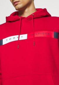 Tommy Hilfiger - LOGO HOODY - Sweat à capuche - red - 5