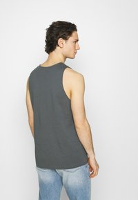 Levi's® - PRIDE RELAXED GRAPHIC TANK UNISEX - Top - dark shadow - 2