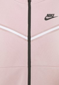 Nike Sportswear - Zip-up sweatshirt - champagne/black - 7