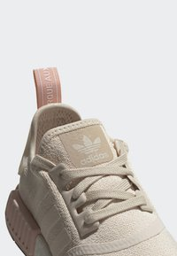 adidas Originals - NMD_R1 SHOES - Sneakers - beige - 7