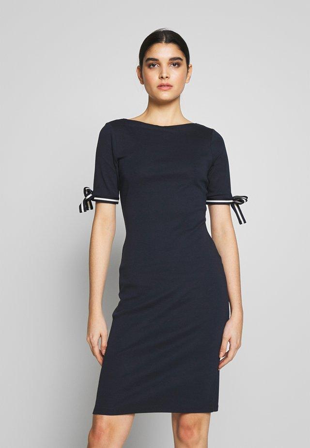 CLASSIC - Shift dress - navy