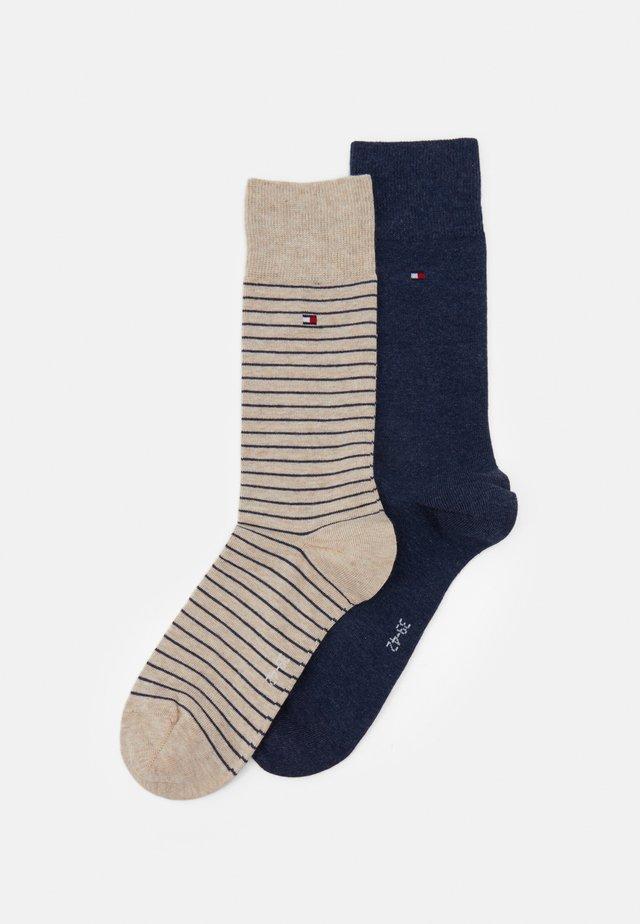 MEN SMALL STRIPE SOCK 2 PACK - Ponožky - beige/blue
