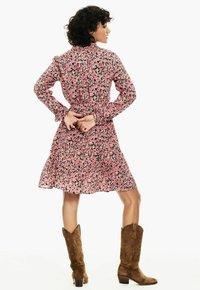 Garcia - Shirt dress - fiery pink - 2