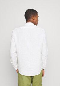 ARKET - Linen Shirt - Skjorta - white - 2