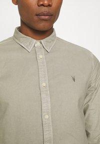 AllSaints - HUNGTINGDON SHIRT - Shirt - jasper green - 5