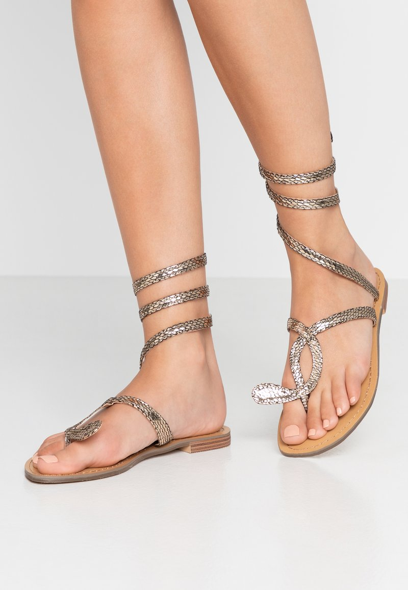 Tata Italia - T-bar sandals - gold