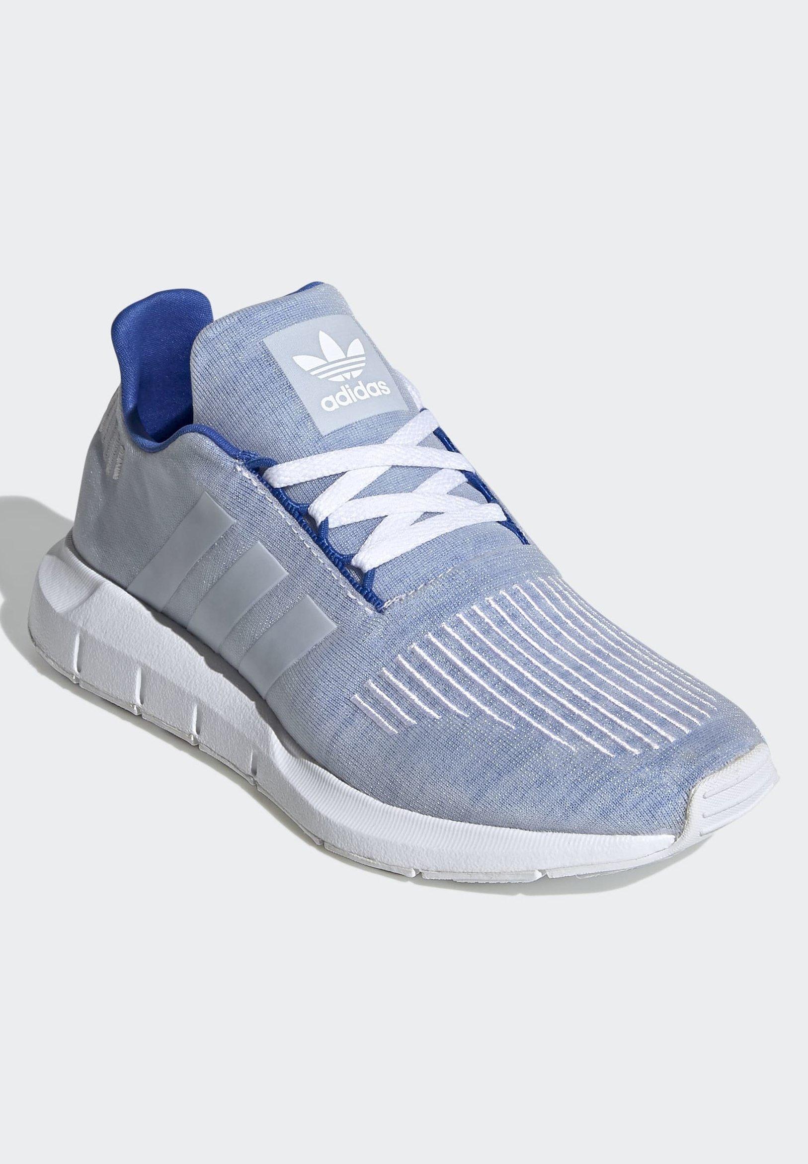 adidas Originals. SWIFT RUN Sneaker low grey twoicey
