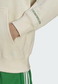 adidas Originals - Jersey con capucha - beige, light green - 4