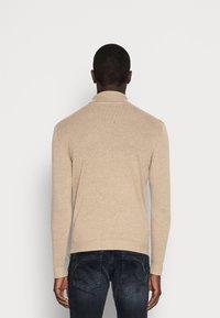 Selected Homme - SLHTOWER ROLL NECK  - Stickad tröja - tuffet/melange - 2