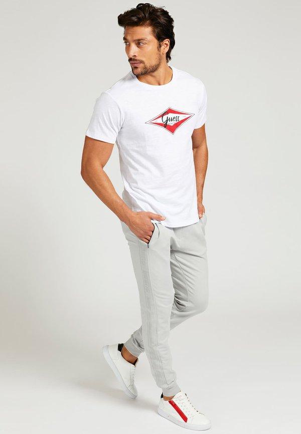 Guess T-shirt z nadrukiem - weiß/biały Odzież Męska DFED