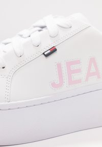 Tommy Jeans - ICON FLATFORM - Trainers - white - 2