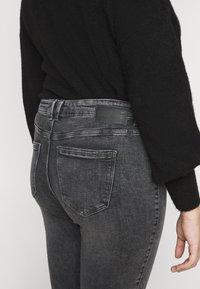 Pieces Curve - PCLILI  - Jeans slim fit - medium-grey denim - 3