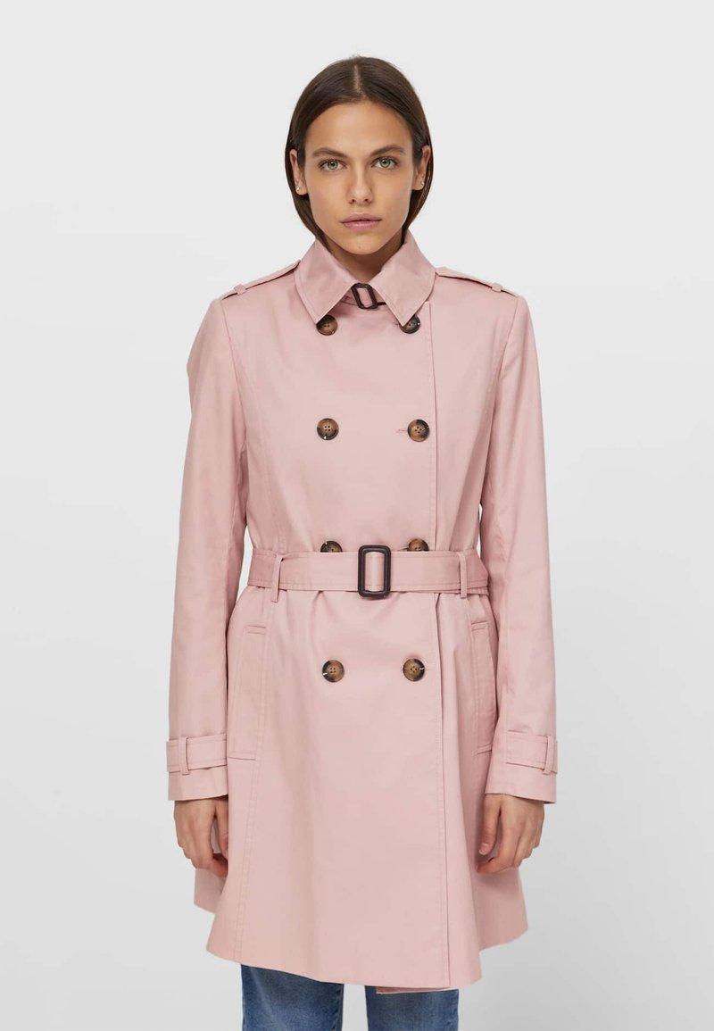 Stradivarius - Trenchcoat - pink