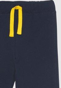 Benetton - BASIC BOY - Pantalones deportivos - dark blue - 2