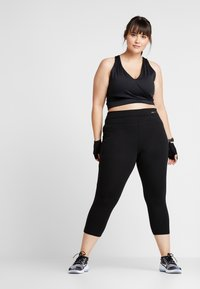 ONLY Play - ONPFOLD JAZZ KNICKERS FIT CURVY - Leggings - black - 1