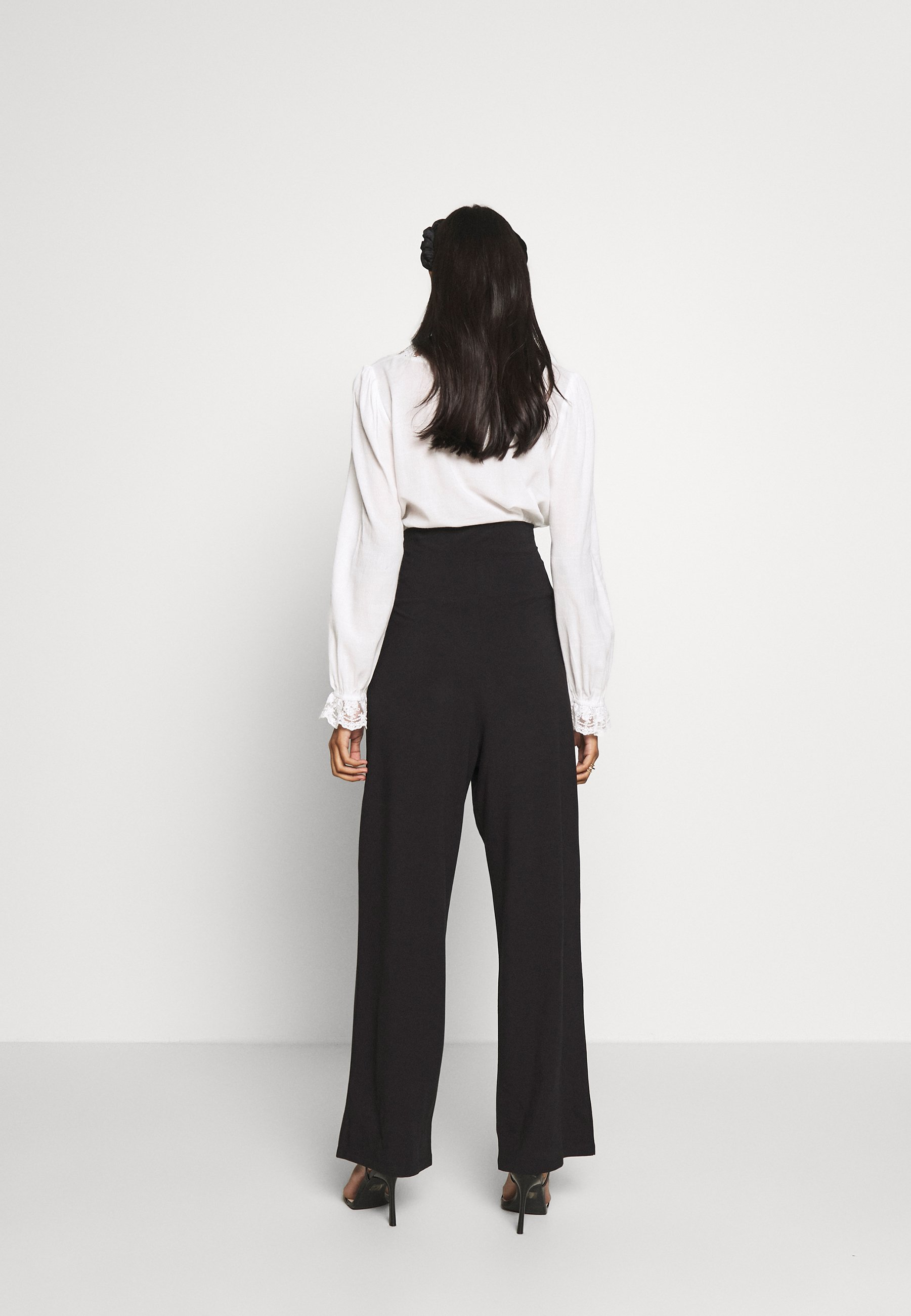 COMFY STRAIGHT LEG TROUSERS Bukse black