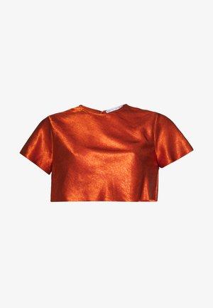 ORBIT BIAS CROP TEE - Blouse - copper