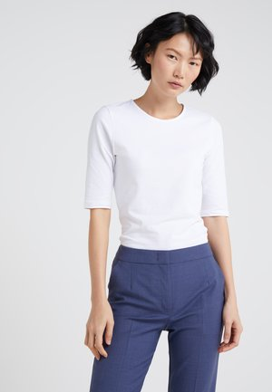 STRETCH ELBOW SLEEVE - Basic T-shirt - white