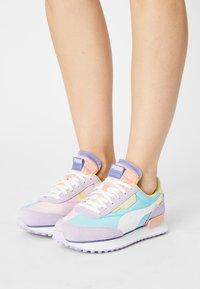 Puma - FUTURE RIDER SLASH - Baskets basses - light lavender/pink lady - 0