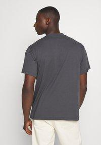 Kickers Classics - CLASSIC TEE - T-shirt z nadrukiem - grey - 2