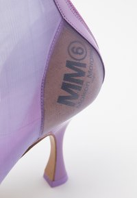 MM6 Maison Margiela - High heeled ankle boots - lavender frost - 4