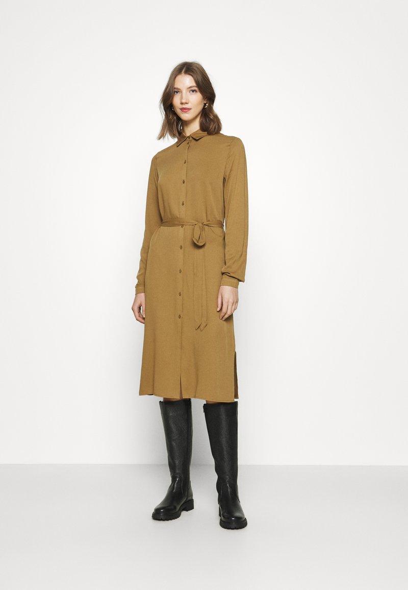 Vila - VIDANIA BELT DRESS - Shirt dress - butternut