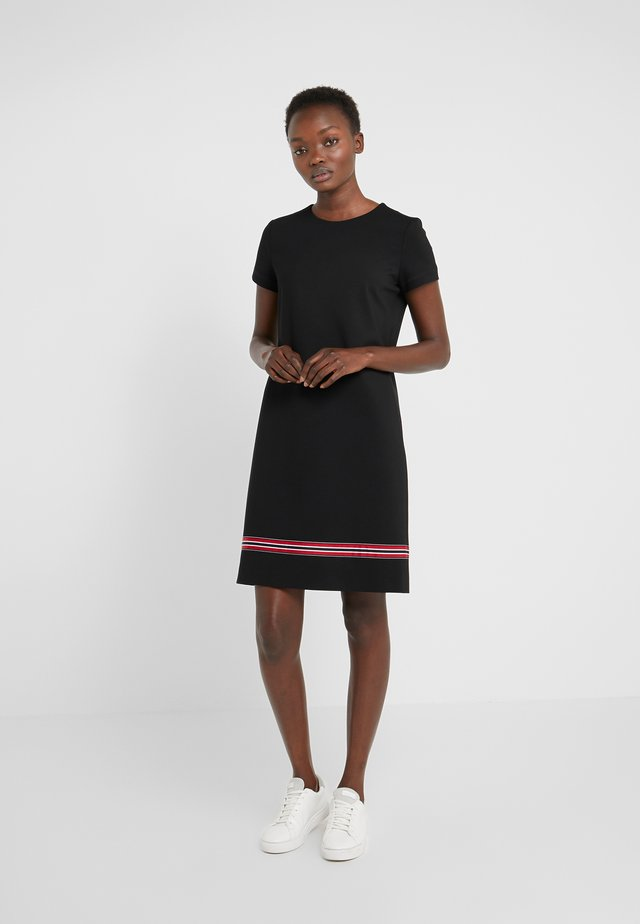 ZALANDO X ESCADA SPORT DRESS - Žerzejové šaty - black