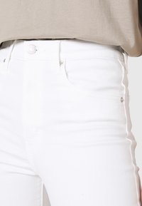 Levi's® - MILE HIGH ANKLE SKINNY - Jeans Skinny Fit - cool as ice - 5