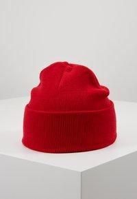 Carhartt WIP - CHASE BEANIE UNISEX - Bonnet - etna red/gold - 3