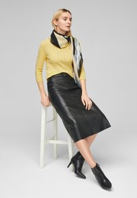 s.Oliver - Jumper - yellow - 2
