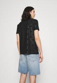 Glorious Gangsta - MINOS TEE - T-shirts print - jet black/red - 2