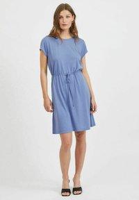 Vila - VIMOONEY STRING - Jersey dress - colony blue - 1