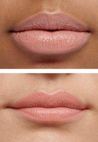 IsaDora - LIQUID BLEND SOFT MATT LIP COLOR - Liquid lipstick - toffee pink - 3