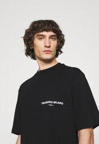 Trussardi - PICTURE - Print T-shirt - black - 3