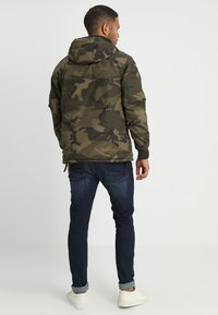 Alpha Industries - NASA ANORAKFUNKTION - Wiatrówka - oliv - 2