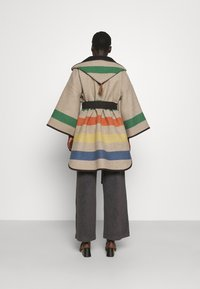 WEEKEND MaxMara - LINZ - Classic coat - green - 3
