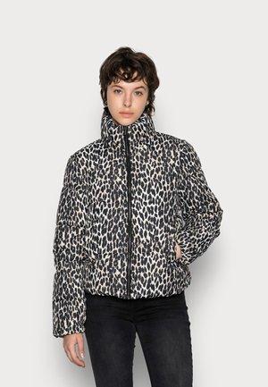 VIKARLA SHORT - Winter jacket - sandshell