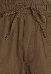 Weekday - KRISTOFFER TORUSERS - Pantaloni cargo - dark beige - 2
