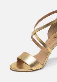 Cosmoparis - VEGAN ZEANA - High heeled sandals - or - 7