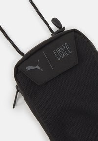 Puma - FIRST MILE NECK WALLET UNISEX - Andre accessories - black - 3