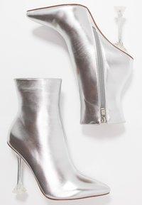 BEBO - WINONA - Kotníková obuv na vysokém podpatku - silver - 3