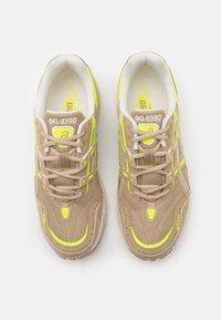 ASICS SportStyle - GEL-1090 UNISEX - Sneakers - wood crepe - 3